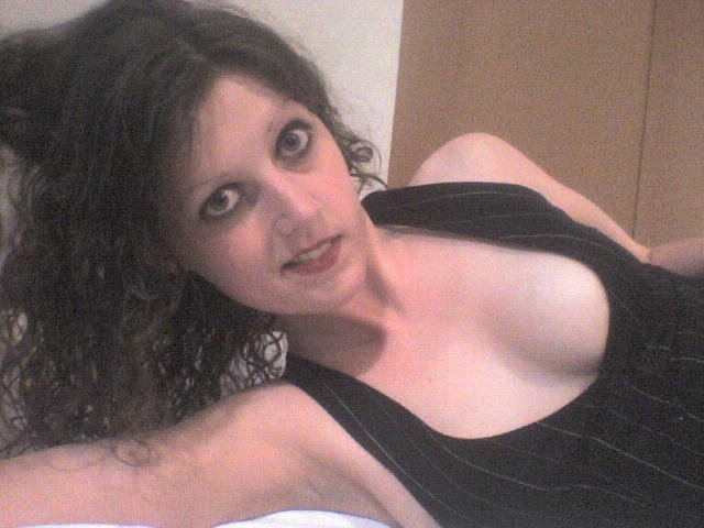 Another cleavage, but a brunette this time Porn Photo