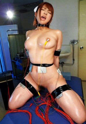 amateur photo Nurse undergoing electro stimulation