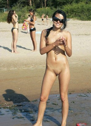 amateur photo She's the only naked one on the beach