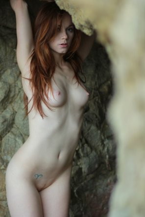 amateur photo Perfect pale body