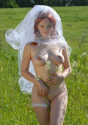 amateur photo Russian bride