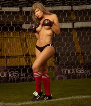 amateur photo Soccer babe