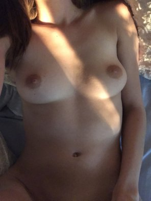 amateur photo Who wants to be my morning cuddle partner? [f]