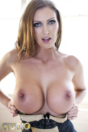 amateur photo Leigh Darby - strong rack