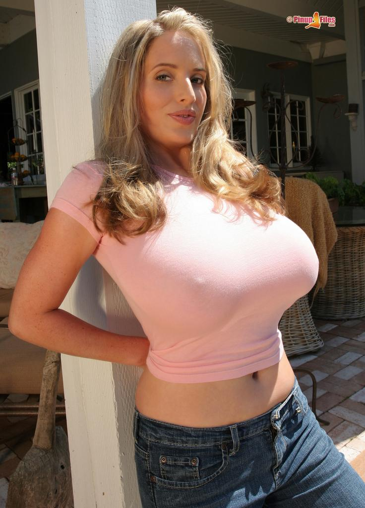 Shirts big tits tight
