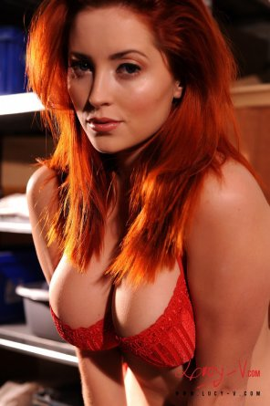amateur photo Lucy Vixen.