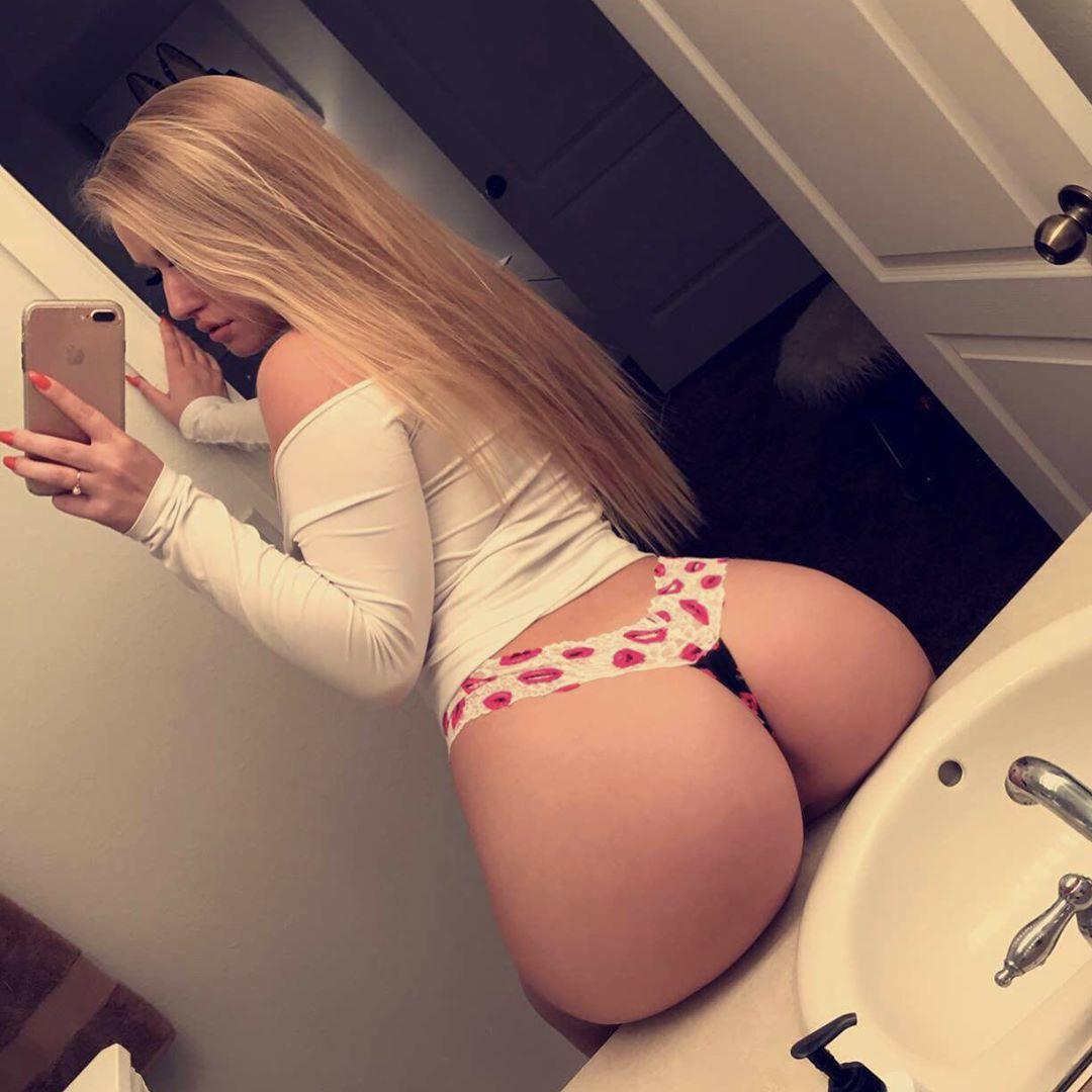 Ass Selfie Porn Blonde booty selfie porn pic - eporner