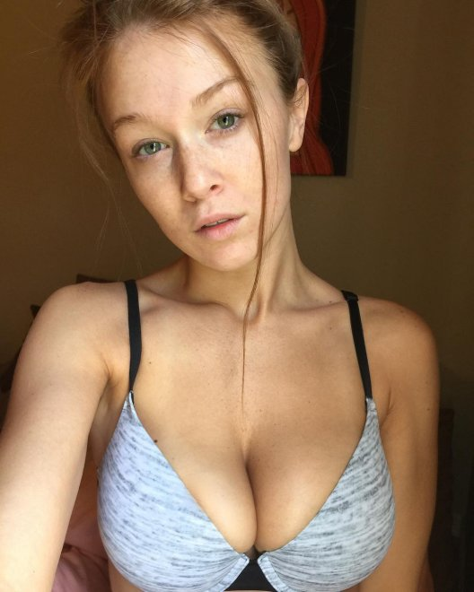 Leanna Decker Porn Photo