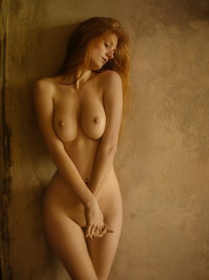 amateur photo The feminine mystique