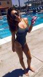 amateur photo Filling her swimsuit