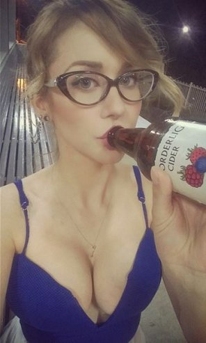 amateur photo Boobs & Cider