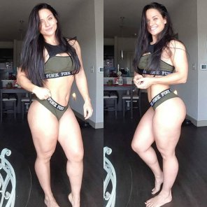 amateur photo Thickfit Renee Enos