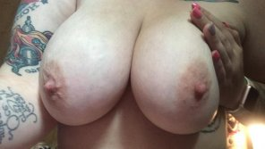 amateur photo IMAGE[Image] Huge Homegrown Titties