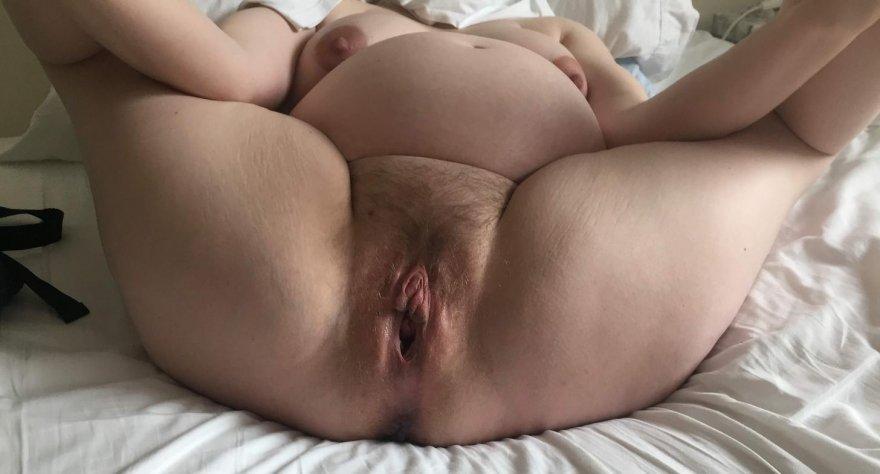 Preggo gape Porn Photo