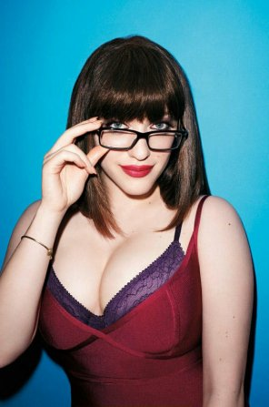 amateur photo Kat Dennings - sultry look