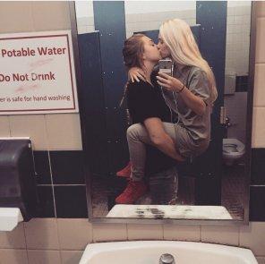 amateur photo Adorable Couple