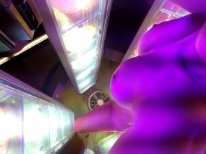 amateur photo Wife at the tanning bed.