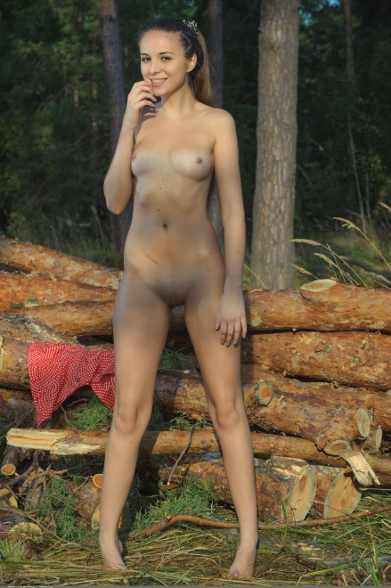 Nataa nude in the woods Porn Photo