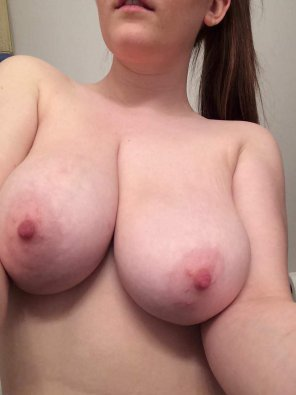 amateur photo I Want To Be Naughty, Let's Play With My Tits! SC: ashley_martin21