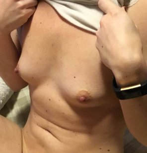 amateur photo Fine, have a look at my boobs [f]