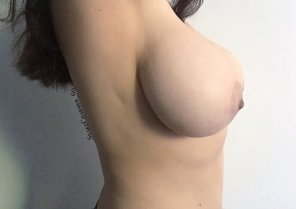 amateur photo You had me at side boob [as requested]