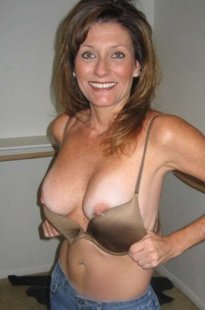 amateur photo mommy's titts