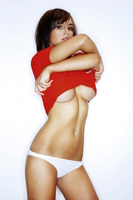 Rosie Jones Porn Photo