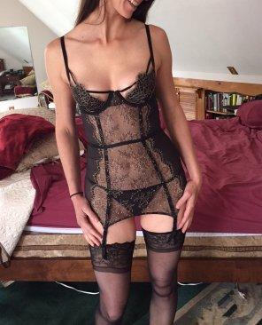 amateur photo lingerie - he took the pic then he took me