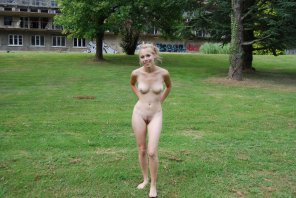 amateur photo Beautiful Nude Amateur Teen Margo Nude In The Park