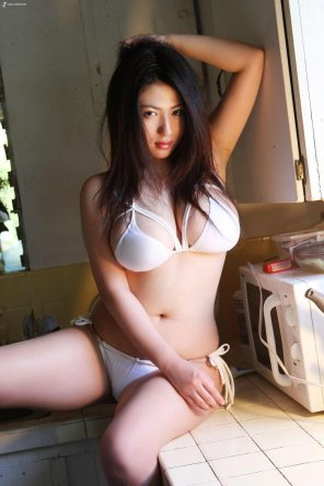 amateur photo Nonami Takizawa in her juicy glory [gallery in comments]