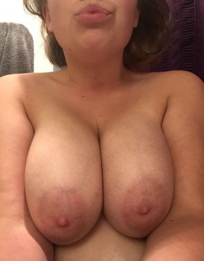 amateur photo Flashing my big titty for you! SC: cute_sophie21