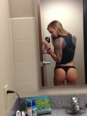 amateur photo Tattooed selfie