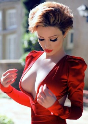 amateur photo red dress