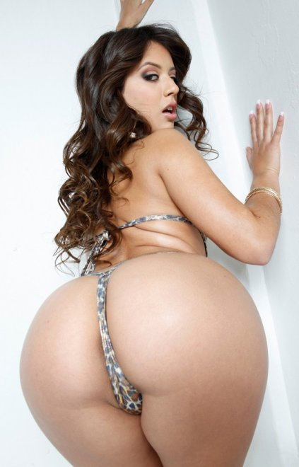 Jynx Maze Porn Photo