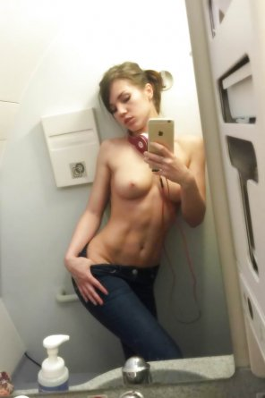amateur photo Sexy selfie in the bathroom