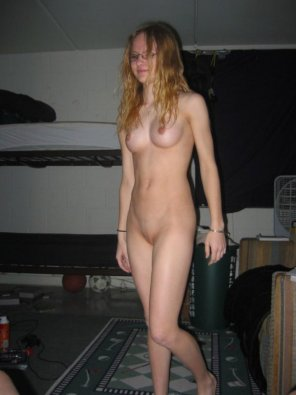 amateur photo slim girl