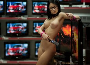 amateur photo Shopping for a TV