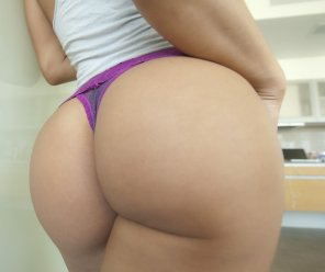 amateur photo Beautiful Asian ass