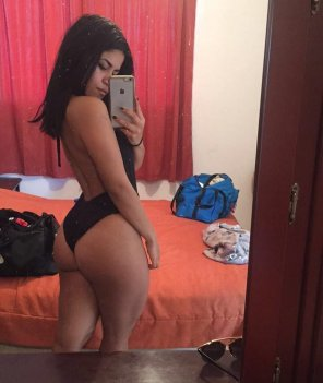 amateur photo Some more sexy latin booty- Ana R