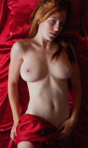 amateur photo Red Satin...