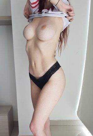amateur photo Anyone else feeling hot?