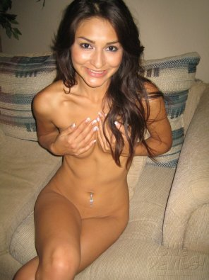 amateur photo Bashful Brunette
