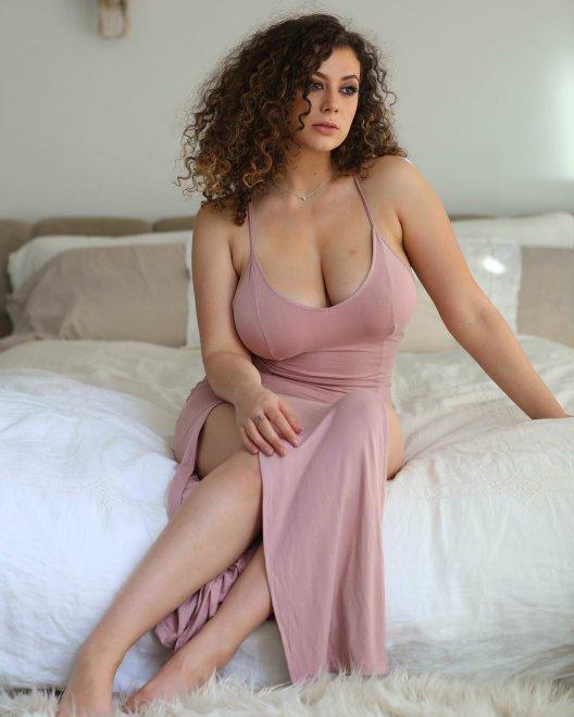 Leila Lowfire Porn Pic - EPORNER