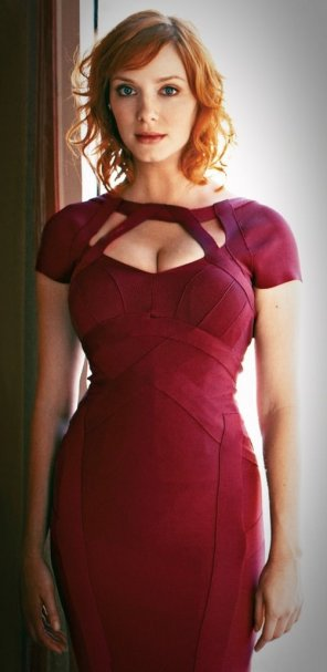 amateur photo Christina Hendricks in a tight red bandage dress