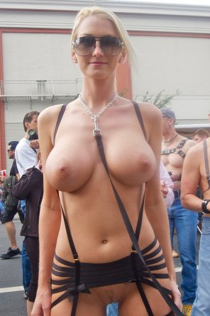amateur photo Leashed