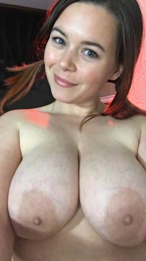 amateur photo Huge Boobies