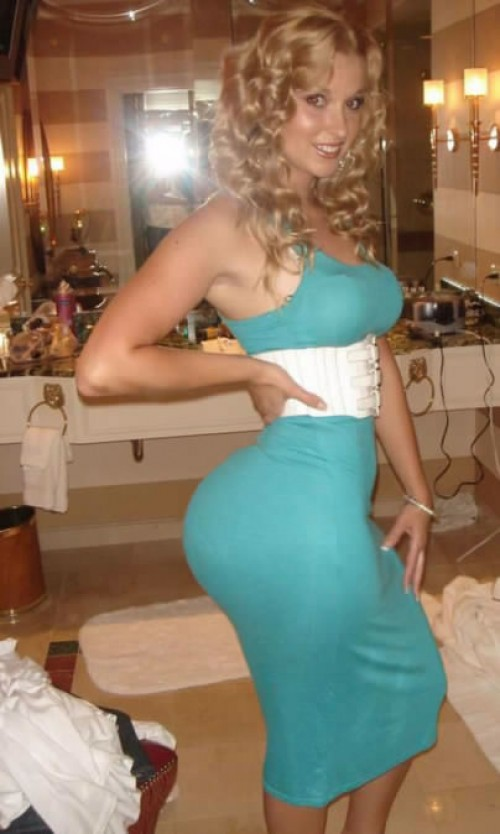 Amateur Blonde Milf Shared