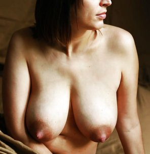 amateur photo Hard Nipples