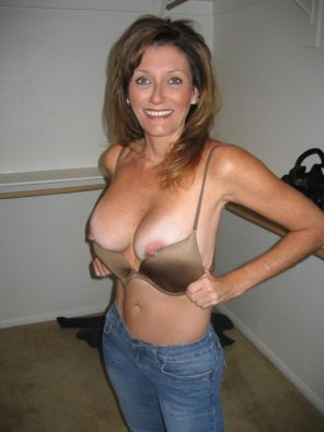 amateur photo Pierced milf