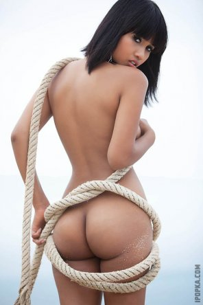 amateur photo Wrapped in rope